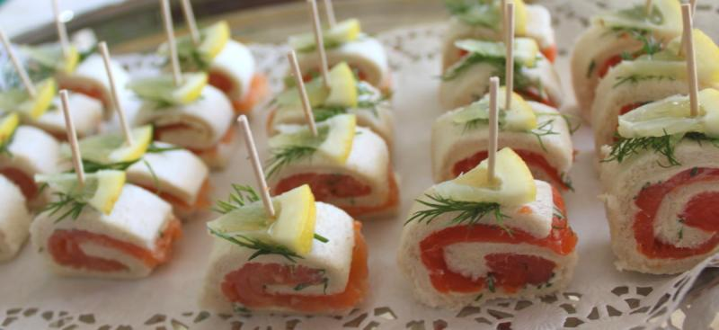Geburtstag Empfang Mit Canapes Zu Hause Dann Zum Italiener