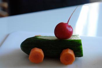 kreatives Obst Gemüse Kinder 647183424