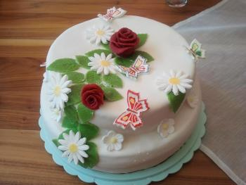 Torte Erstkommunion fertig 2050730413