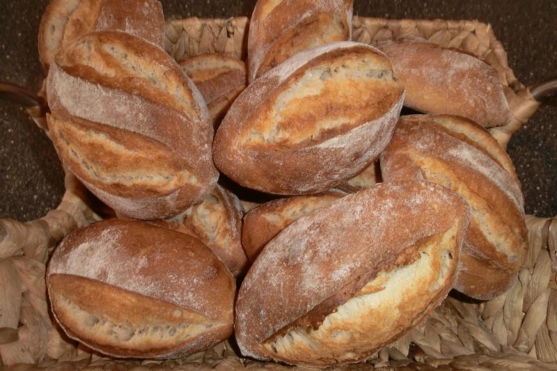 Brot Brötchen backen 05 01 11 01 12 3828789594